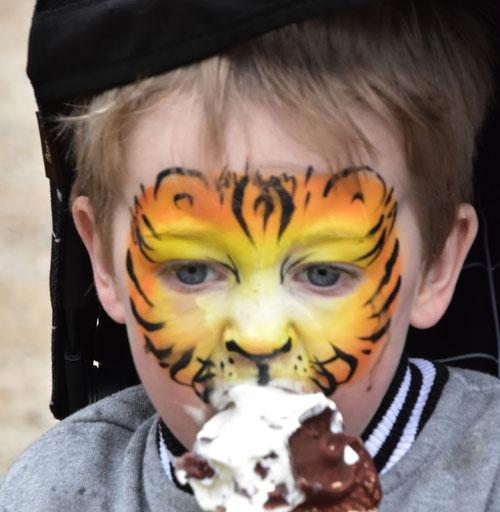 face painting eltham festival